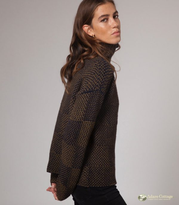 ladies wool funnel neck pullover 3