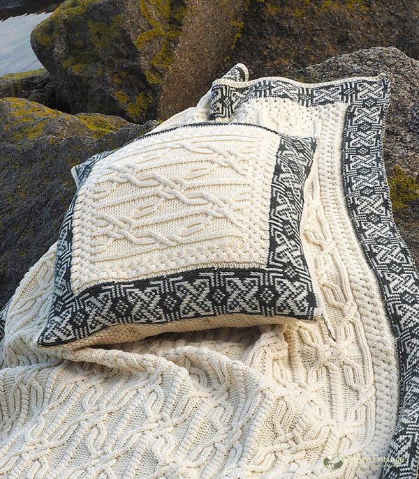 Westend Aran Cushion Cover Natural Blankets & Throws Homeware