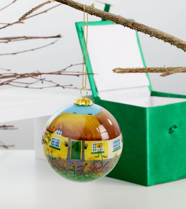ACS Hand Painted Ball Ball Yellow Hanging 2 DCDC800900 scaled