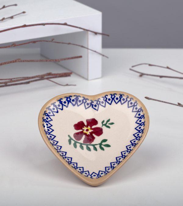 ACS Nicholas Mosse Old Rose Heart Dish 1 DC WEB